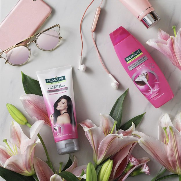 Ecommerce Photo Retouching for Palmolive Cream Conditioner